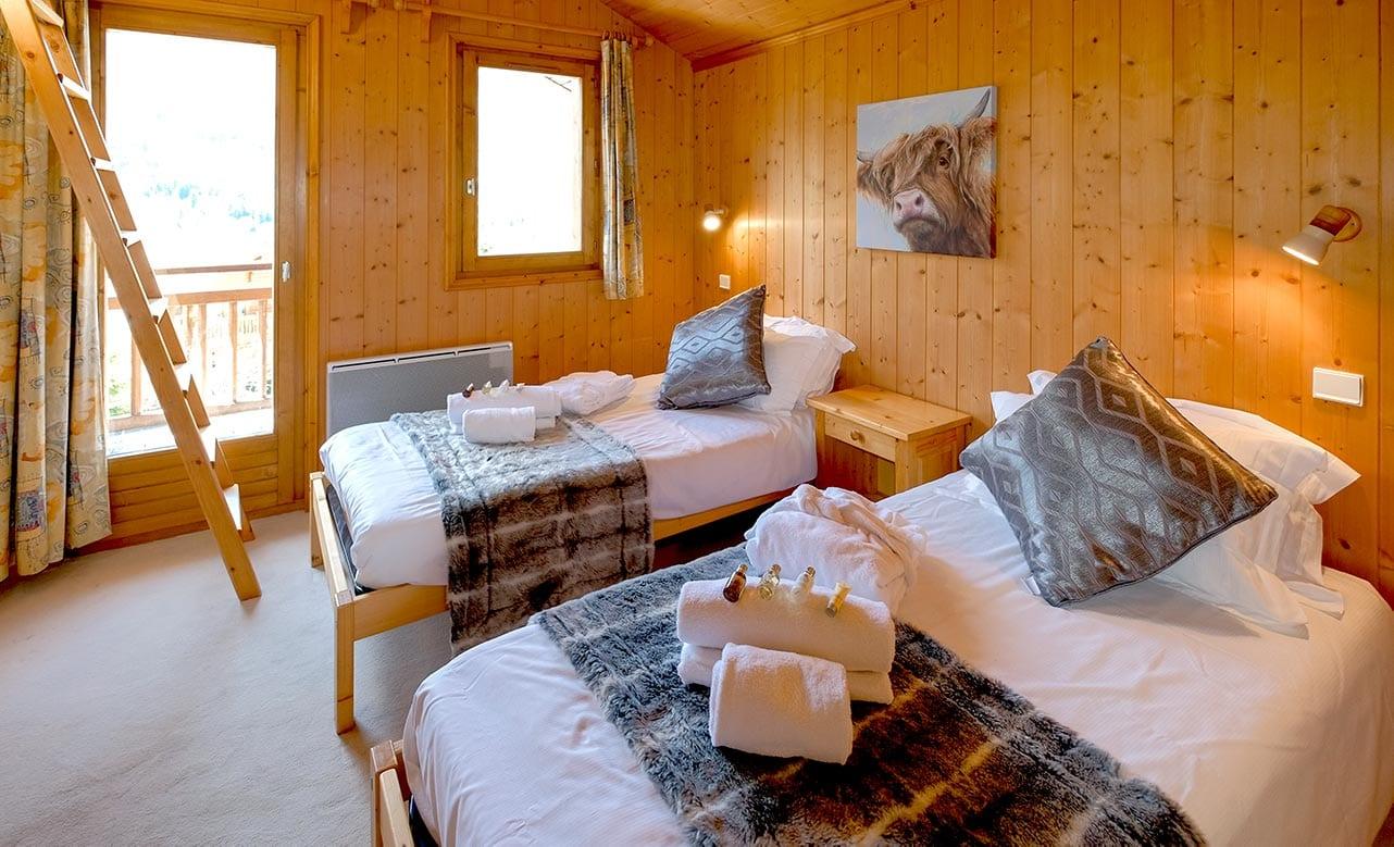 Chalet Himalaya Bedroom 1