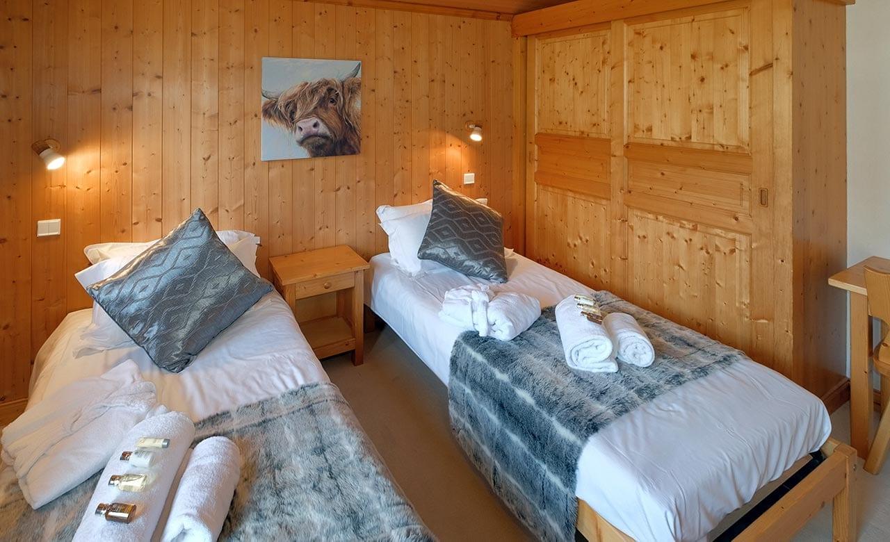 Chalet Himalaya Bedroom 2