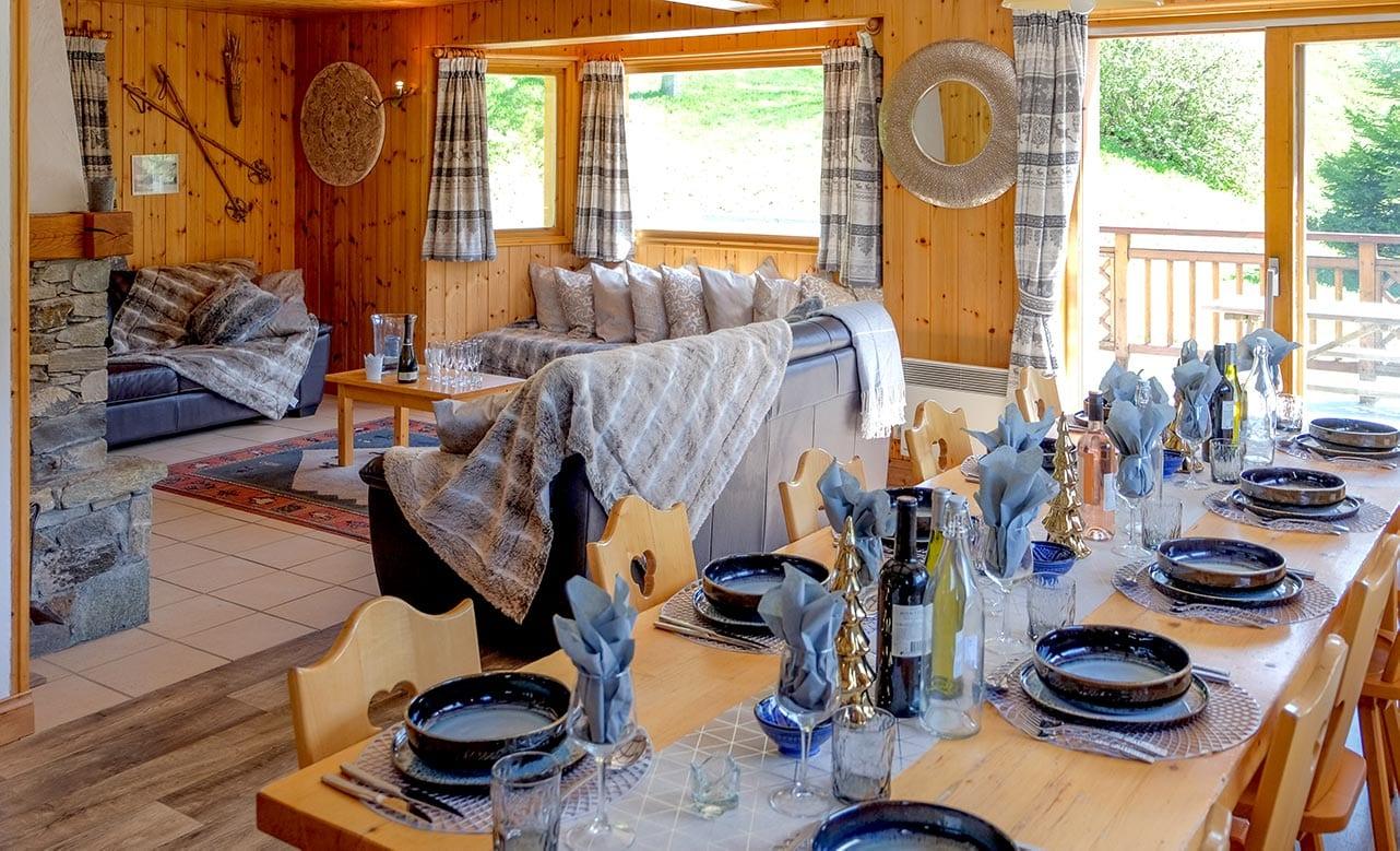 Chalet Himalaya - Dining Room