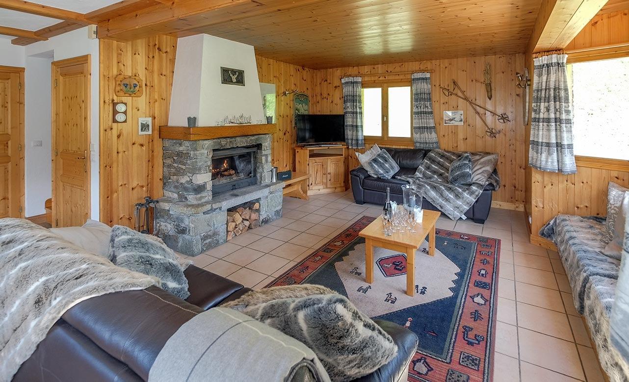 Chalet Himalaya - Living Room 2